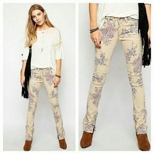 Free People floral skinny ankle zip moto jeans 25